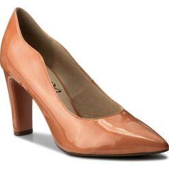 Półbuty CAPRICE - 9-22402-20 Apricot Patent 652. Brązowe półbuty damskie Caprice, z lakierowanej skóry, eleganckie. W wyprzedaży za 169.00 zł.