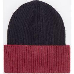 Czapka - Bordowy. Czerwone czapki i kapelusze męskie Reserved. Za 39.99 zł.