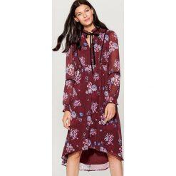 Sukienka w stylu boho - Wielobarwn. Brązowe sukienki damskie Mohito, boho. Za 169.99 zł.