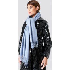 NA-KD Accessories Szalik z domieszką wełny - Blue. Niebieskie szaliki i chusty damskie NA-KD Accessories, z wełny. W wyprzedaży za 99.37 zł.