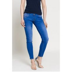 f040d3577bbc9 Jeansy damskie ze sklepu Answear.com - Kolekcja wiosna 2019 ...