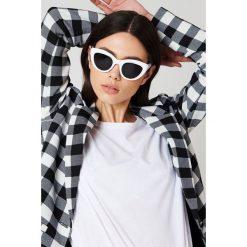 NA-KD Accessories Okulary przeciwsłoneczne kocie oczy - White. Białe okulary przeciwsłoneczne damskie NA-KD Accessories. Za 80.95 zł.