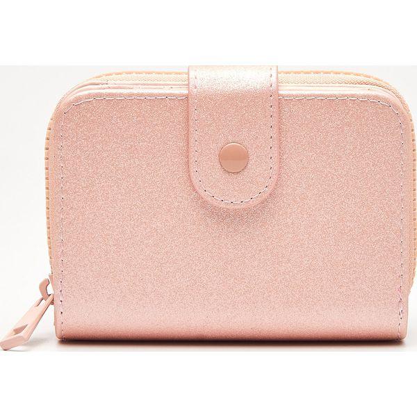 78eb5efa48e1c Portfel z cekinami - Różowy - Portfele damskie marki Cropp