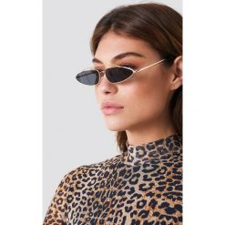 NA-KD Accessories Okulary przeciwsłoneczne z mostkiem - Black. Czarne okulary przeciwsłoneczne damskie NA-KD Accessories. Za 52.95 zł.
