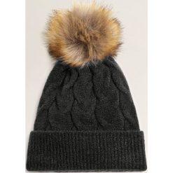 Mango - Czapka Sammi. Czarne czapki i kapelusze damskie Mango, z dzianiny. Za 59.90 zł.