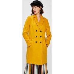 Answear - Płaszcz Falling In Autumn. Pomarańczowe płaszcze damskie ANSWEAR, z elastanu, klasyczne. W wyprzedaży za 219.90 zł.