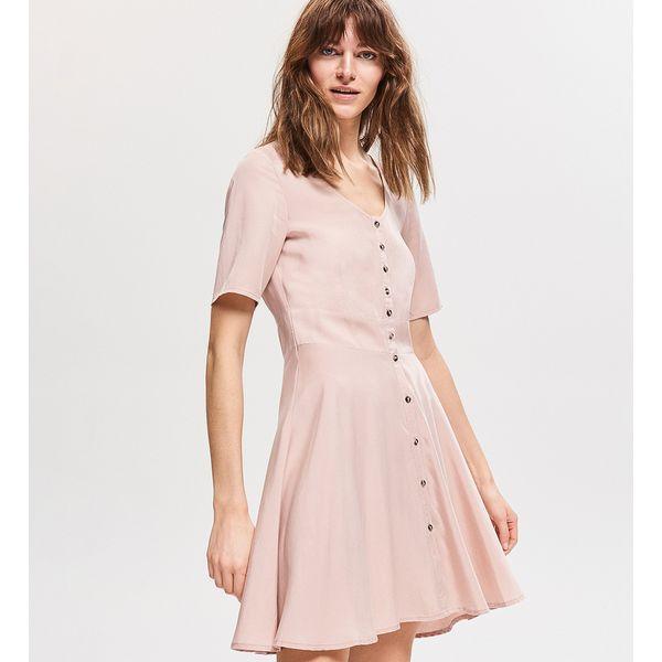 4088a31cf1 Sukienki damskie - Kolekcja wiosna 2019 - Chillizet.pl