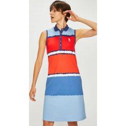U.S. Polo - Sukienka. Szare sukienki damskie U.S. Polo, z bawełny, casualowe, polo, z krótkim rękawem. W wyprzedaży za 439.90 zł.