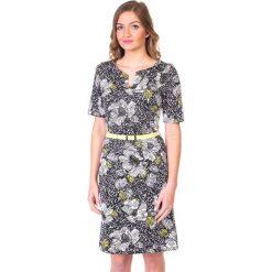 Dzianinowa sukienka w kwiaty QUIOSQUE. Czarne sukienki damskie QUIOSQUE, w kwiaty, z dzianiny, vintage. W wyprzedaży za 50.00 zł.