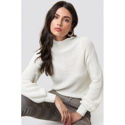 Rut&Circle Sweter w prążki Quini - White. Białe swetry damskie Rut&Circle, z dzianiny. Za 121.95 zł.