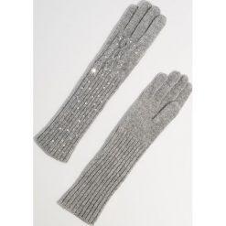 Wełniane rękawiczki z aplikacją - Jasny szar. Szare rękawiczki damskie Mohito, z aplikacjami, z wełny. Za 59.99 zł.