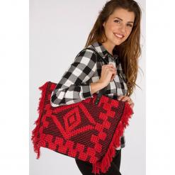 """Shopper bag """"Ajane"""" w kolorze czerwonym. Czerwone torebki shopper damskie Scottage, z aplikacjami, z materiału. W wyprzedaży za 72.95 zł."""