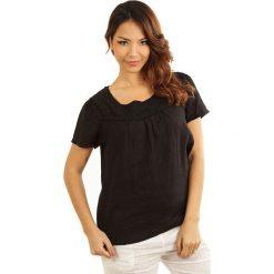 """Lniana koszulka """"Geneve"""" w kolorze czarnym. T-shirty damskie 100% Leinen, w koronkowe wzory, z koronki, klasyczne, z okrągłym kołnierzem, z krótkim rękawem. W wyprzedaży za 65.95 zł."""