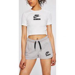 2bf646c7458f85 Odzież sportowa damska Nike Sportswear - Kolekcja lato 2019. -38%. Nike  Sportswear - Szorty. Szorty sportowe damskie Nike Sportswear.