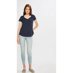 Calvin Klein Jeans - Jeansy CKJ 001. Niebieskie jeansy damskie Calvin Klein Jeans. Za 549.90 zł.