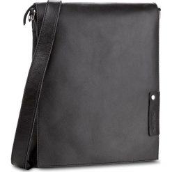 Torebka VERSO - 3101A0ATB Czarny. Czarne torebki do ręki damskie Verso, ze skóry. W wyprzedaży za 209.00 zł.