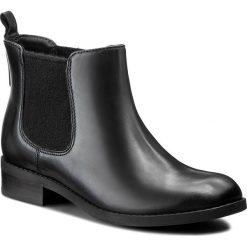 Sztyblety CLARKS - Pita Sedona 261115754 Black Leather. Czarne botki damskie Clarks, z materiału. W wyprzedaży za 249.00 zł.