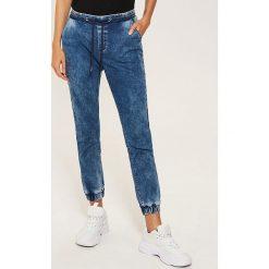 Denimowe jegginsy - Niebieski. Niebieskie legginsy damskie House, z jeansu. Za 89.99 zł.