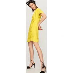 Żółta sukienka - Żółty. Żółte sukienki damskie Reserved. Za 119.99 zł.