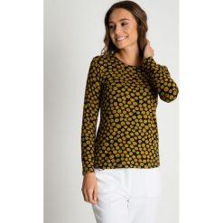 Dzianinowa bluzka w musztardowe wzory BIALCON. Czarne bluzki damskie BIALCON, z dzianiny, z długim rękawem. Za 85.00 zł.