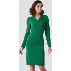 NA-KD Trend Sukienka midi z detalami - Green. Zielone sukienki damskie NA-KD Trend, z długim rękawem. Za 121.95 zł.