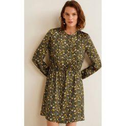 Mango - Sukienka Jasmine. Szare sukienki damskie Mango, z materiału, casualowe, z okrągłym kołnierzem, z długim rękawem. Za 199.90 zł.
