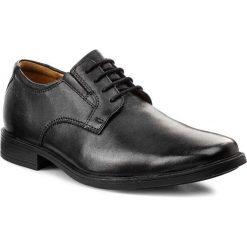 Półbuty CLARKS - Tilden Plain 261103507 Black Leather. Czarne eleganckie półbuty Clarks, z materiału. W wyprzedaży za 229.00 zł.