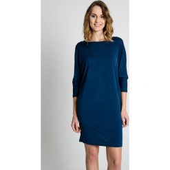 Sukienka z długim rękawem w kolorze indygo BIALCON. Szare sukienki damskie BIALCON, wizytowe, z długim rękawem. W wyprzedaży za 69.00 zł.