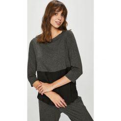 Dkny - Bluzka piżamowa. Szare piżamy damskie DKNY, z elastanu. W wyprzedaży za 199.90 zł.