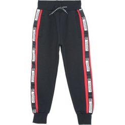 Czarne Spodnie Dresowe Heated. Czarne spodnie sportowe dla chłopców Born2be, z dresówki. Za 59.99 zł.