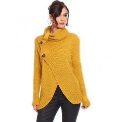 """Kardigan """"Stone"""" w kolorze musztardowym. Żółte kardigany damskie Cosy Winter, ze splotem. W wyprzedaży za 181.95 zł."""