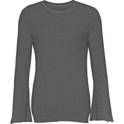 Sweter dzianinowy z rozkloszowanymi rękawami bonprix szary melanż. Swetry damskie marki bonprix. Za 99.99 zł.