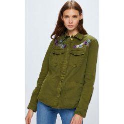 Guess Jeans - Kurtka. Brązowe kurtki damskie Guess Jeans, z bawełny. Za 599.90 zł.