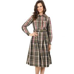 Sukienka w kratę zapinana na guziki z kołnierzykiem BIALCON. Brązowe sukienki damskie BIALCON, w paski, młodzieżowe, z długim rękawem. W wyprzedaży za 349.00 zł.