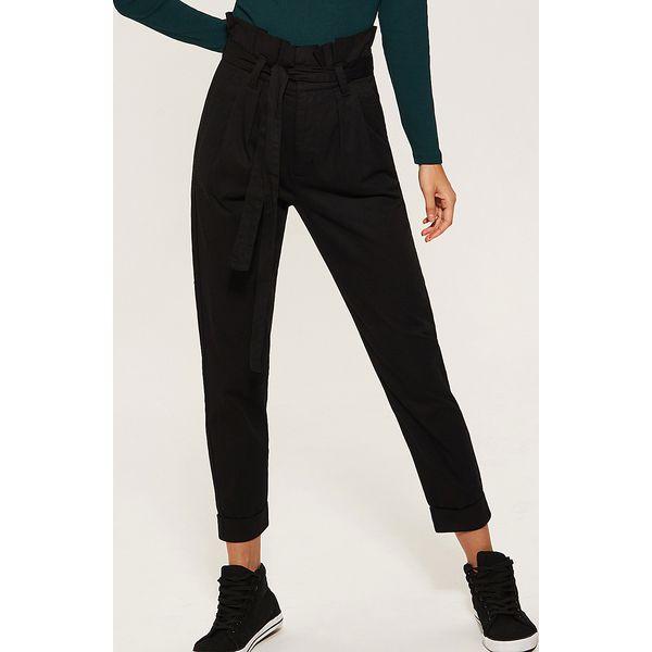 a43680c81699 Spodnie paperbag - Czarny - Spodnie materiałowe damskie marki House ...