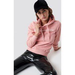 Champion Bluza z kapturem - Pink. Różowe bluzy damskie Champion. Za 222.95 zł.