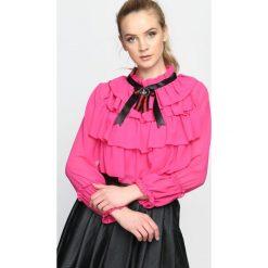 Fuksjowa Bluzka Helpless. Różowe bluzki damskie Born2be, z długim rękawem. Za 69.99 zł.