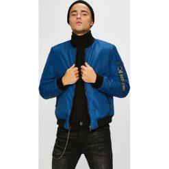 Guess Jeans - Kurtka bomber dwustronna Fighter. Niebieskie kurtki męskie Guess Jeans, z aplikacjami, z elastanu. W wyprzedaży za 549.90 zł.