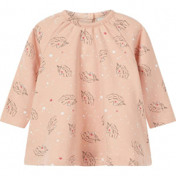 Tunika w kolorze jasnoróżowym. Czerwone bluzki dla dziewczynek Name it Baby, z bawełny, z dekoltem na plecach. W wyprzedaży za 42.95 zł.