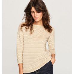 Sweter z błyszczącą nitką - Złoty. Żółte swetry damskie Reserved. Za 59.99 zł.