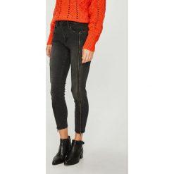 Pepe Jeans - Jeansy Regent. Czarne jeansy damskie Pepe Jeans. Za 439.90 zł.