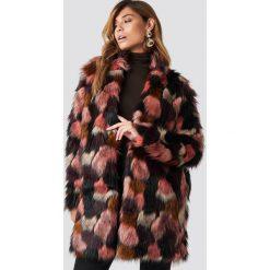 Rut&Circle Płaszcz ze sztucznym futrem Tekla - Pink,Multicolor. Różowe płaszcze damskie Rut&Circle, z haftami, z futra. Za 526.95 zł.