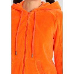 Fenty PUMA by Rihanna ZIPUP TRACK  Bluza z kapturem flame. Kardigany damskie Fenty PUMA by Rihanna, z bawełny. Za 759.00 zł.