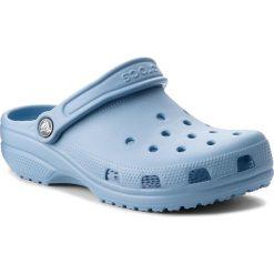 Klapki CROCS - Classic 10001 Chambray Blue. Klapki damskie Crocs, z tworzywa sztucznego. W wyprzedaży za 139.00 zł.