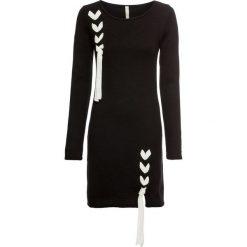 Sukienka dzianinowa z kokardkami bonprix czarny. Czarne sukienki damskie bonprix, z dzianiny, z okrągłym kołnierzem. Za 99.99 zł.