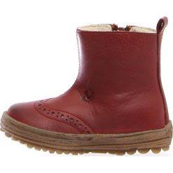 """Skórzane botki """"Dunes"""" w kolorze czerwonobrązowym. Botki dziewczęce Zimowe obuwie dla dzieci. W wyprzedaży za 172.95 zł."""