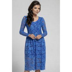 Długa sukienka z koronki na313. Niebieskie sukienki damskie Pepe, na jesień, w koronkowe wzory, z koronki, eleganckie, z długim rękawem. Za 169.00 zł.