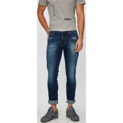 Mustang - Jeansy. Niebieskie jeansy męskie Mustang. W wyprzedaży za 239.90 zł.