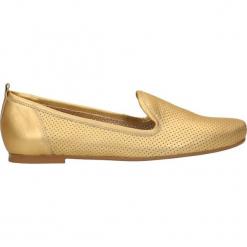 Półbuty LADY. Żółte półbuty damskie Gino Rossi, w ażurowe wzory, eleganckie. W wyprzedaży za 199.90 zł.