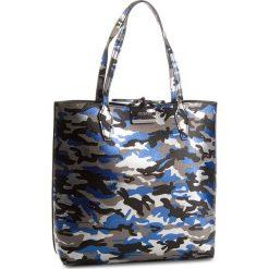Torebka GUESS - HWCM64 22250  BCB. Czarne torby na ramię damskie Guess. W wyprzedaży za 449.00 zł.